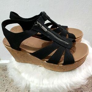 Skechers Women's Brit Zip Zap Wedge Sandal